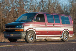 2003 Chevrolet Express 1500 LS