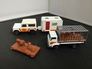 B953-MATCHBOX SUPERFAST LAND ROVER NINETY,CARAVAN AND DODGE COMMANDO TRUCK