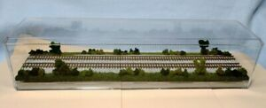 """N SCALE  16""""  DOUBLE-TRACK DISPLAY CASE - """"SUMMER SCENE""""  FOR ANY N TRAINS -sdS3"""