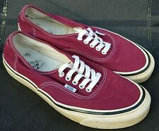 VANS STYLE 44 TRAINERS - LOW TOP - BURGANDY - UK SIZE 10 - EUR SIZE 44.5