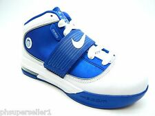 NIKE ZOOM SOLDIER IV WHITE  ROYAL NEW WITH DEFECTS WOMEN SHOES SIZE 7.5