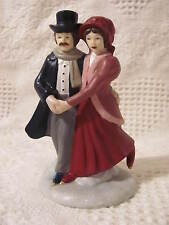 """Christmas Victorian Couple Ice Skating, Ceramic 4-1/2"""" tall 2-1/2"""" wide"""