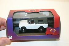1/43 ARO 240 1972 CANVAS TOP UTILITY VEHICLE WHITE IST MODELS 1/43 NEW