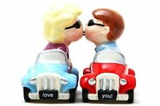 8790 Man Woman in Cars Magnetic Salt Pepper Shaker Set Kitchen Love You Kissing