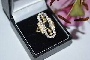 14ct Yellow gold Sapphire with Cubic zirconia ring