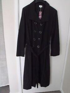 LADIES 'ELVI' LONG BLACK  RAINCOAT   SIZE 3    (SIZE 24/26)  BNWT   RRP £99