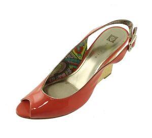New ANNE KLEIN Patent Leather Women Slingback Wedge Heel Sandal Shoe Sz 10 M