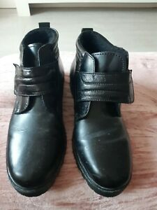 Mens black ankle boots size 9 New