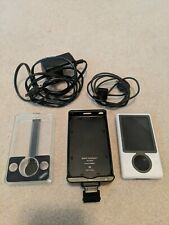 Microsoft Zune 30 Gb White Belkin TunePower Griffin New battery with extras