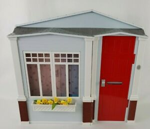 Vintage 2005 Barbie Totally Real Home Folding Doll House w Sounds Tested Works