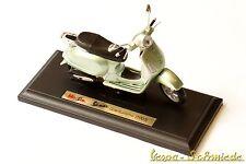 """VESPA Original PIAGGIO Modell """"Granturismo 2003"""" - Grün - 1:18 - Gran Turismo"""