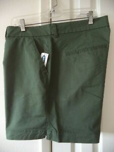 Must Have! Old Navy Dark Olive Pine Green Cotton Walking Casual Short 2X XXL 18