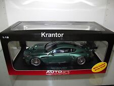 1:18 Autoart, Aston Martin DBR9 in grün Plain Body Version, 80503 RAR NEU & OVP