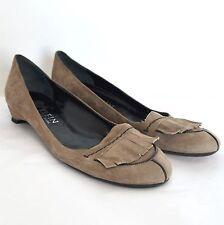 Anne Klein New York Shoes Womens 7.5 N Beige Suede Slip On Kitten Low Heel Pump