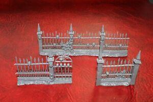 Warhammer Vampire Counts  Garden of Morr Sigmarite Mausoleum Fences  (unpainted)