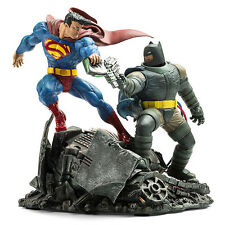 Batman vs Superman hero Diorama Figure Model Resin Kit Unpainted Unassembled