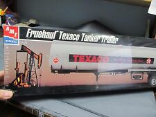 AMT/Ertl 30063 Fruehauf Texaco Tanker Trailer.  Gasoline.  1/25th scale.
