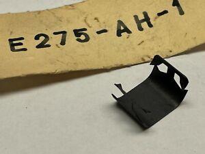 FORD ANGLIA 105E 1959-67 CLIP DOOR GLASS RUN TO DOOR #E275-AH-1 NOS!