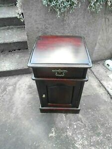 """VICTORIAN """"STYLE"""" BEDSIDE CABINET-SOLID MAHOGANY"""