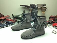 MINNETONKA GRAY LEATHER LACE UP WINTER MOCCASIN BOOTS 8-8.5 M