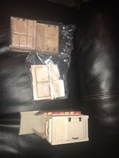 Town square miniatures ~ Set of 3 doll house furniture new~