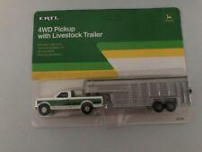 1/64 John Deere 4WD Pickup with Livestock trailer #5712