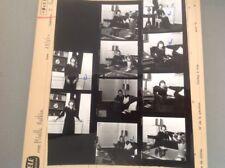 MIREILLE MATHIEU : PLANCHE CONTACT  DE 1974 (10 Photos)