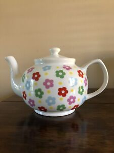 Cath Kidston Buttercup Queens Teapot