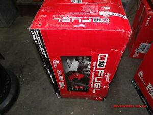 Milwaukee 2772A-21 M18 Fuel Drain Snake Drain Cleaner with Cable-Drive Kit