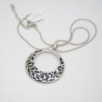 Lia Sophia jewelry silver plated Polished Enamel Flower Pendant Necklace Chain