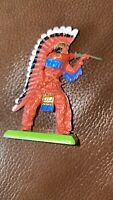 VINTAGE BRITAINS DEETAIL TOY RED INDIAN CHIEF FIGURE WITH RIFLE SOLDIER TOY 3