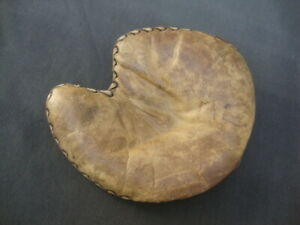 1920s Genuine Horsehide Tunnel Web Semi Pro Pennant Model Leather Glove Baseball