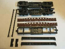 Ho Scale All Metal Parts - 2 Chassis W/ Trucks And Other Cars