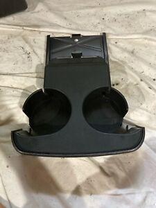 2005-2010 JEEP GRAND CHEROKEE REAR SEAT PULL OUT CUP HOLDER