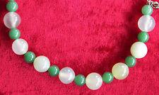 Jade-Collier mit heller- und dunkelgrüner Jade und Silberschloss (925er)