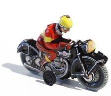 Blechspielzeug Schwarzes Motorrad mit Schwungrad-Antrieb (J. WAGNER Original)