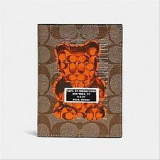 Brand New COACH Passport Case  In Signature With Vandal Gummy F77914 MSRP $125