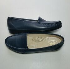 SAS Shoes 8.5 Wide Women;s Navy Leather Simplify Slip on Loafer Comfort Foot Bed