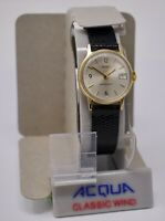 Vintage '80s Mint NOS Timex Acqua Hand-Wind 25mm Wristwatch, Gold Tone w/ Date