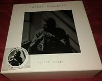 JOHNNY HALLYDAY COFFRET +BADGE COLLECTOR RESTER VIVANT CD DVD 45T DISQUE DIAMANT