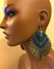 TOPSHOP EXTRA LARGE PEACOCK FEATHER PRINT EARRINGS VERY UNIQUE NEW