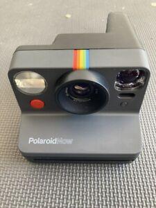 Polaroid Originals Now Viewfinder i-Type Instant Camera Black and 16 Photo Film