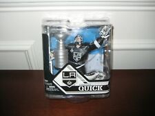 MCFARLANE NHL 32 JONANTHAN QUICK COLLECTORS CLUB EXCLUSIVE WITH CUP LA KINGS