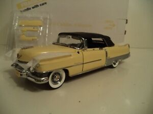 DANBURY MINT CADILLAC ELDORADO UNDISPLAYED 1954    1/24 SCALE    IN BOX.