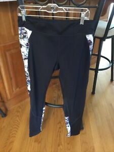 EUC Ladies Daily Sports Tights- Navy Colorblock Print- X-Large