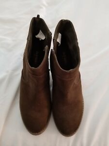 Women's Old Navy Ankle Boots, Size 9