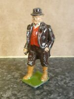 VINTAGE BRITAINS LTD DIE-CAST FARMER FIGURE WITH MOVING RIGHT ARM