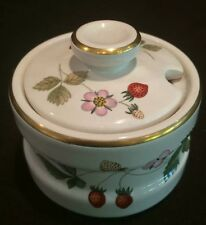 WEDGWOOD MUSTARD POT IN THE WILD STRAWBERRY PATTERN