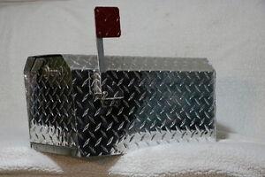 Heavy Duty Aluminum Diamond Plate 16 Gauge Mailbox Large Size