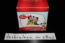Department 56 Disney Village Mickey & Minnie Wrapping Gifts New NIB